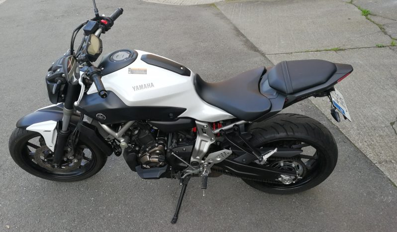 YamahaMT07 con ABS lleno